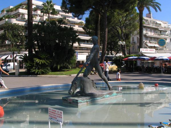 Cannes unicorn statue Just near the carousel there is this well with a statue of a unicorn