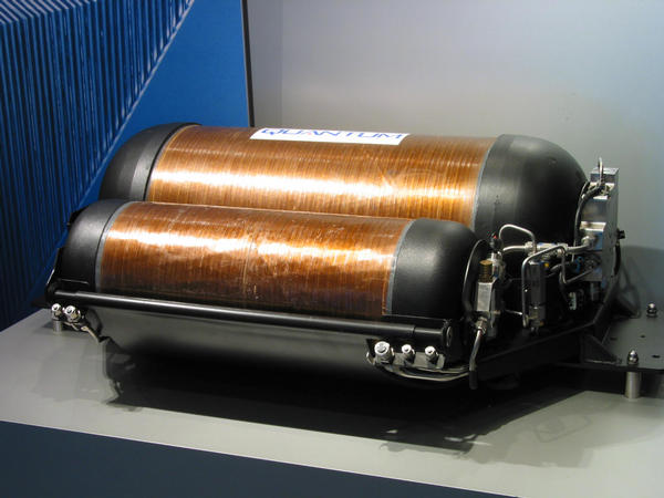 Hydrogen compression tank for fuel cell cars Only 3.4 kgs of hydrogen instead of 4.6 kgs in liquid hydrogen tank. For it, however, no losses by vaporization. For opportunity drivers on short distances the better solution.
