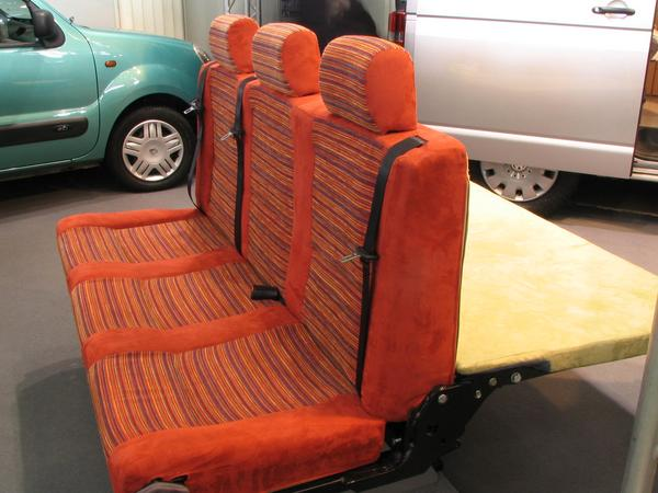 This new generation of a bench was sighted first in Renault Trafic camper.