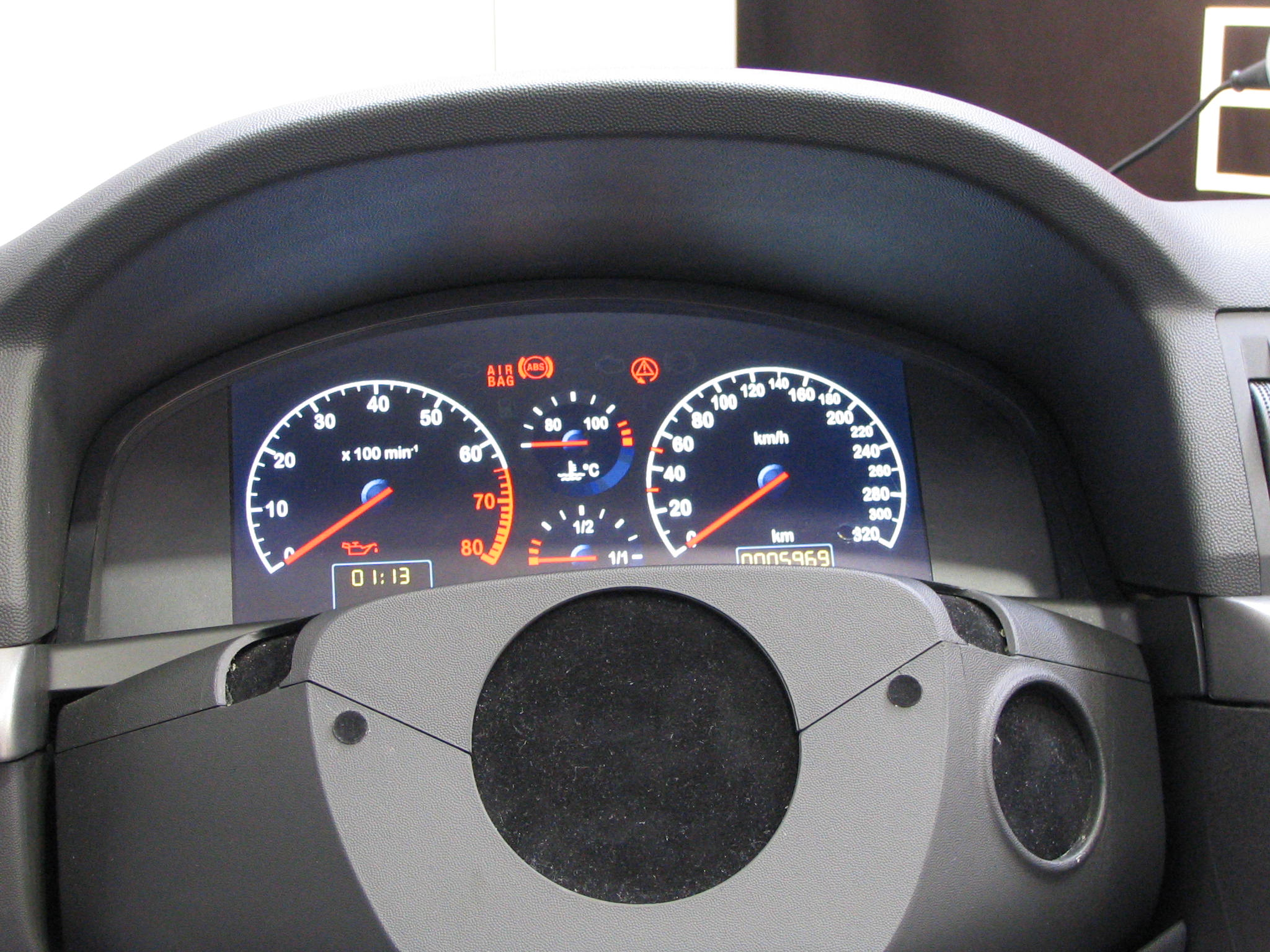 Car dashboard tuningwhat as looks here as round instruments is in
