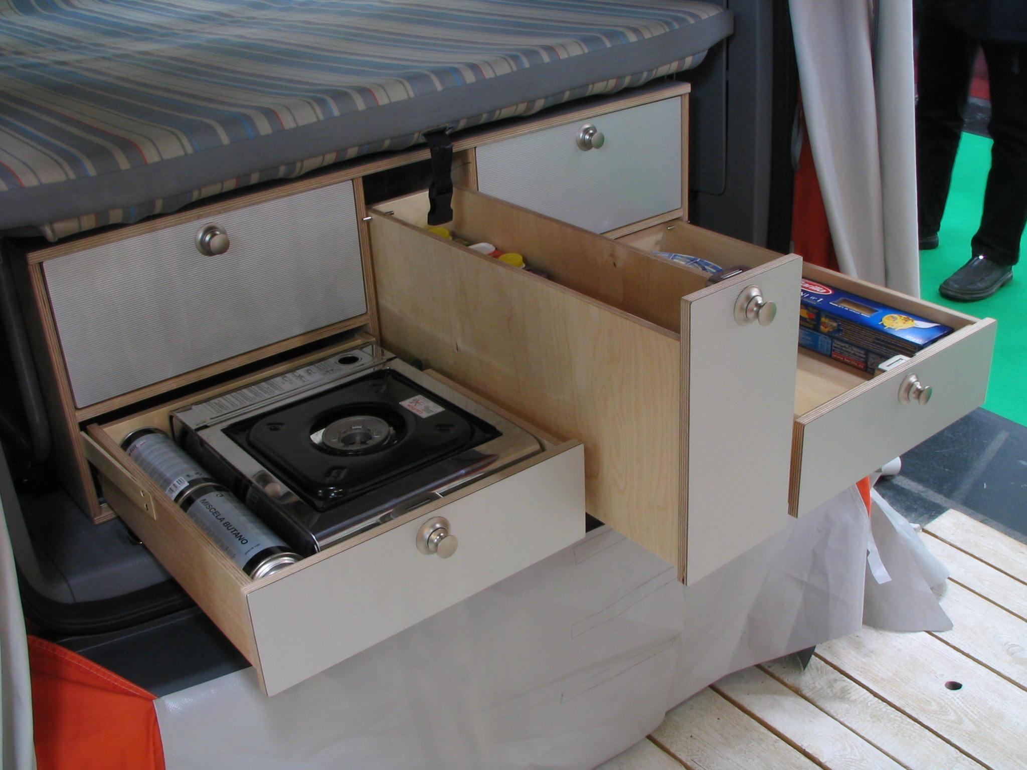 Kühlschrank Vw : Vw caddy campingeinrichtung