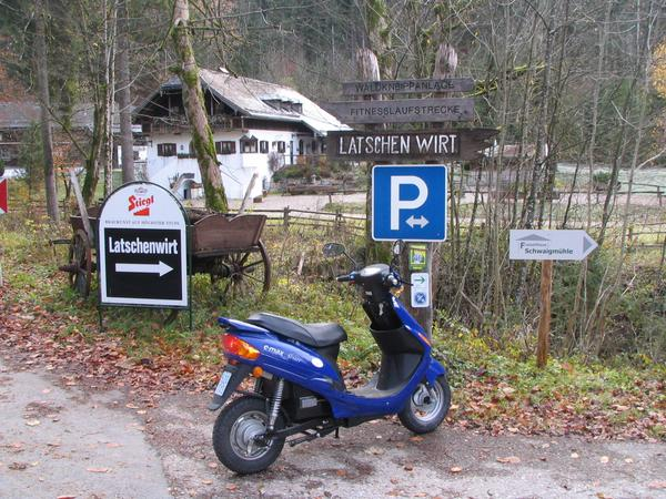 Latschenwirt near Salzburg An other popular airing target around Salzburg reached with the electric scooter. 22 % uphill are extraordina