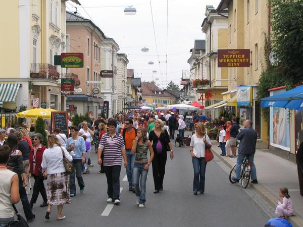 Car free day in Maxglan main street in Salzburg As I resided in Salzburg, I drove very often with my bicyle, but starting at Gartenau, many targets in Salzburg are uncomfortable distant.