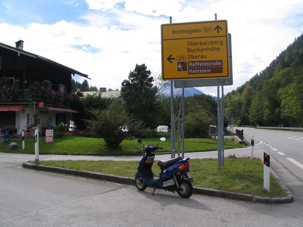Start mountain test on the Rossfeldstraße An electric vehicle should be also good enough for an excursion in the mountains. Therefor our test vehicle E-Max S has to go up the Rossfeldstraße.