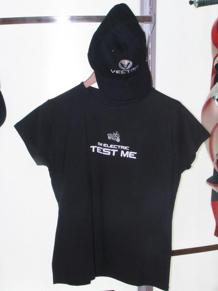 T-shirt: Test me - I am electric Fan article from Vectrix. ''Test me - I am electric'' T-shirt.