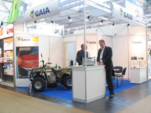 Baterias de litio para vehiculos Los vehiculos del futuro funccionaran principalmente a base de baterias de litio. La empresa aleman Gaia tambien participa en esta carrera para dominar el mercado del futuro.