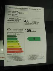 Honda Civic There is not only the Toyota Prius Hybrid. The IMA system in the Honda civic comes very close to the consumption values.