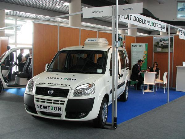Newton elecric vehicles Newton introduced on the EVER a FIAT Doblo as an electric van. With the exchangeable battery system can it be used even as a Taxi. 90 Taxis will be delivered to Rome.