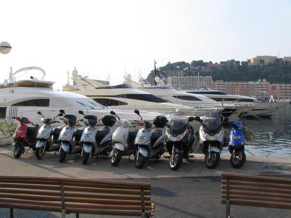 Luxury yacht in Monaco A dream, lodge in the own yacht in the harbor of Monte Carlo. But this dream can turn to a nightmare when this 9 scooters keep awake.