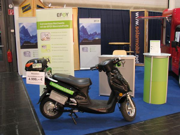 EFOY with methanol fuel cell What makes a 65 Watt fuel cell in an electric scooter? My calculations and the technical brochure about the product are here very different.