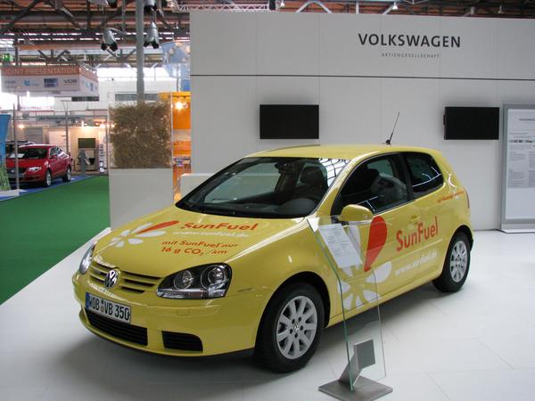 Volkswagen Sun Fuel Even when Sun Fuel has a higher area efficiency than the bio fuels of the 1.generation, the problem of inexecutable area demand remains.