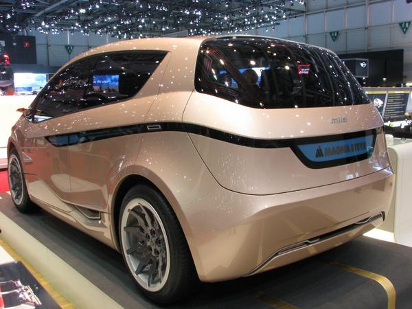Magna Mila electric car Electric only vesion from the Mila, instead of 10 kWh battery 28 kWh battery for 150 km range. 18 kWh batteries more, the gasoline engine less.