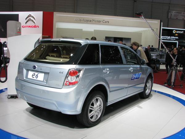 BYD e6 from right behind Picture from BYD e6 electric car from right behind.