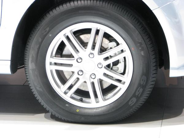 Tires 225/65R17 102H In this tire dimesion are tires for motor cars and tires for vans optimized for low rolling resistance.