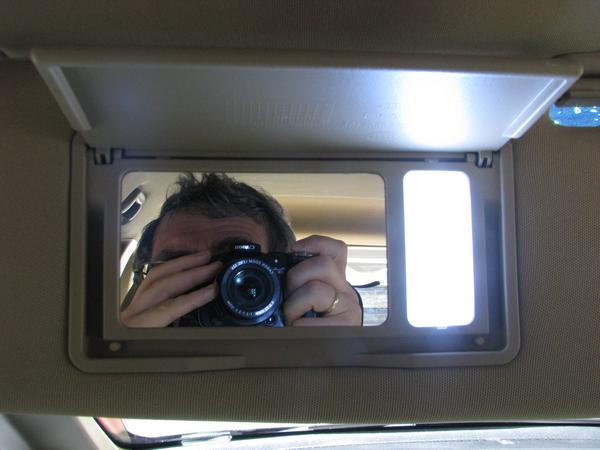 Mirror in sun visor with a LED lamp Also the sun visor of the driver seat has a mirror lighted up with a LED lamp.