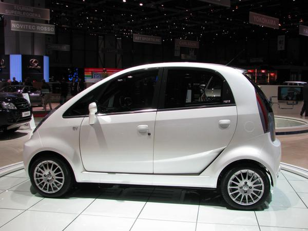 Tata Nano drives with electric power It took from 2005 to 2008 to decide me for  thin film photovoltaic from  Applied Materials for the roof of my future house.