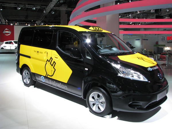 Nissan electric van After the Nissan Leaf this Van to be the next electric car from Nissan. Unfortunately, only 24 kWh battery and not a range extender available.