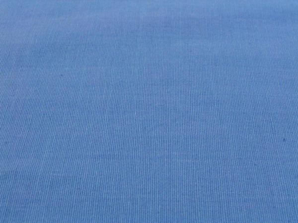 Blauer teppich  Welche Wandfarbe passt zu blauem Teppichboden? Wandgestaltung ...
